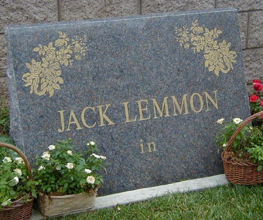 The 10 Wittiest Tombstone Designs We Could Find Heavens Maid