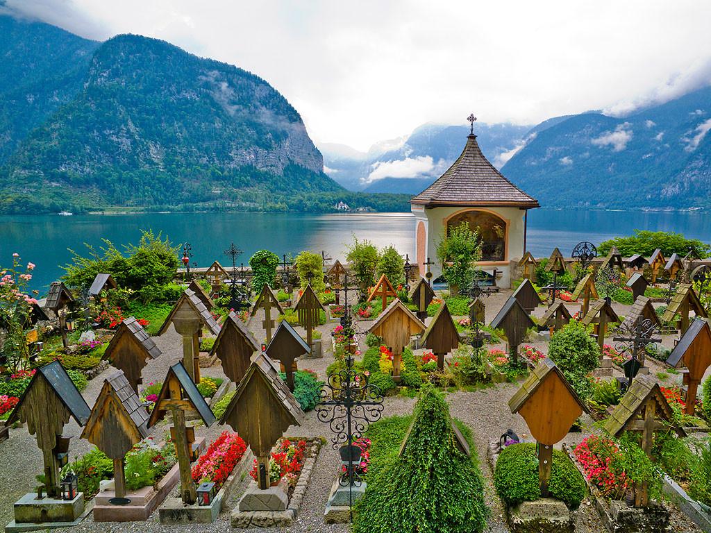 scenic cemeteries